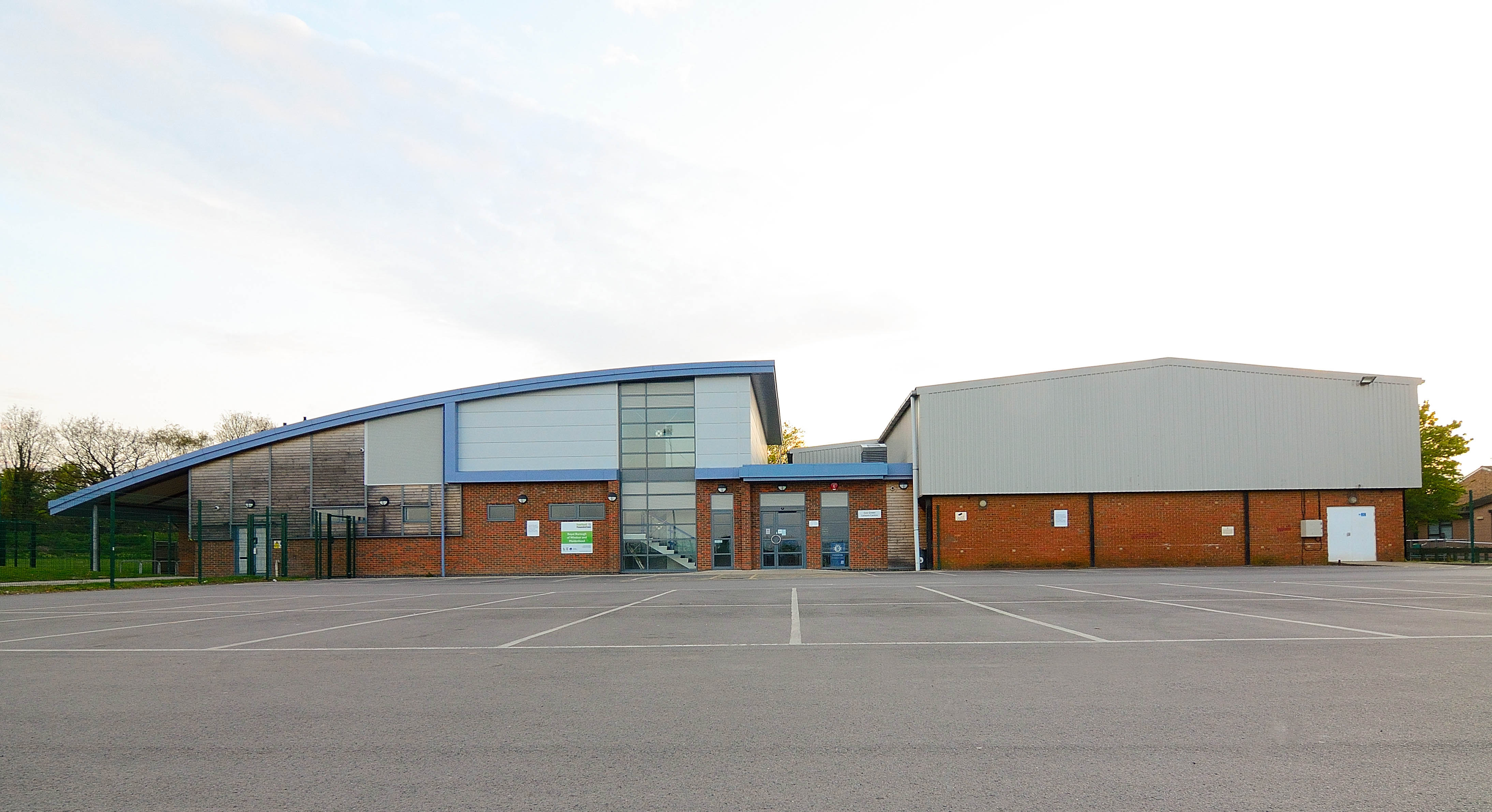 Cox Green Leisure Centre